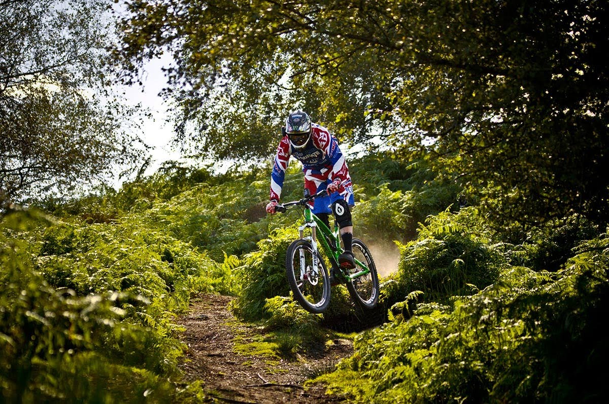 Drift HD Ghost: Ride With Steve Peat