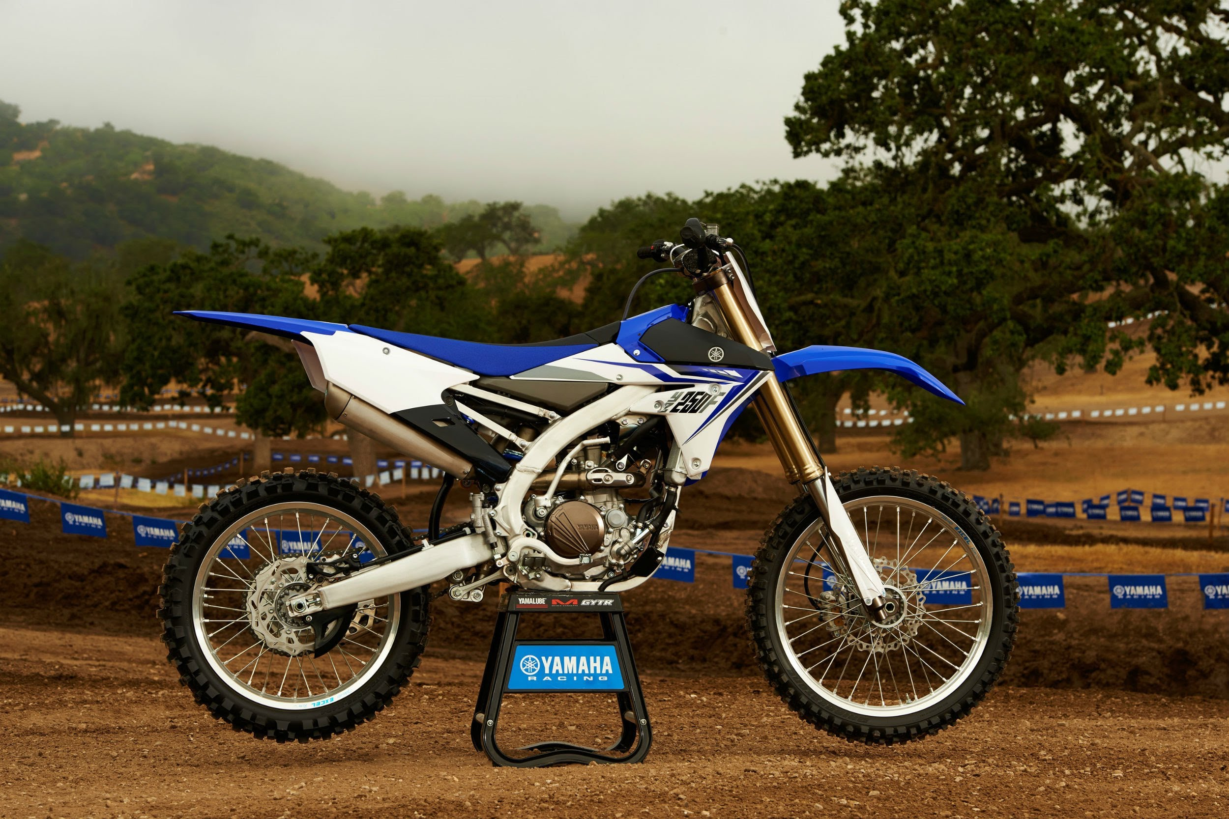 WASPcam action sports camera: A few laps on the all-new 2014 YZ250F