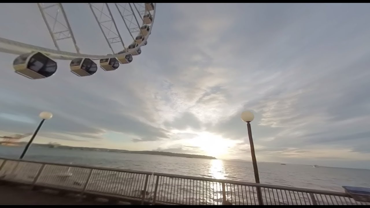 Seattle Waterfront & Great Wheel 360