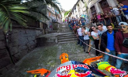 GoPro: Enduro MX Racing the Back Alleys of Portugal with Jonny Walker – Extreme XL Lagares